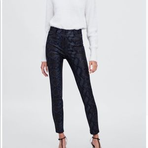 Zara snakeskin print leggings